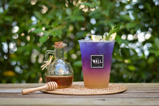 The Wall Cafe: Refreshing your day up! with Butterfly pea with lemon & honey.
