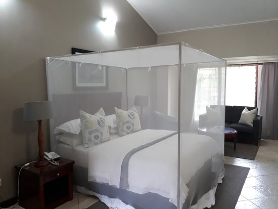 Ufulu Gardens: The room was comfortable, clean and airy