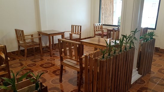 Smiling Cafe House: Lobby
