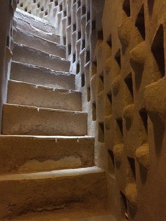Step to Iran: Meybod, torre piccionaia