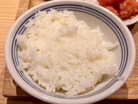 博多ふくいち さいたま新都心店, ご飯/最初に提供されるのはパサパサ感あり