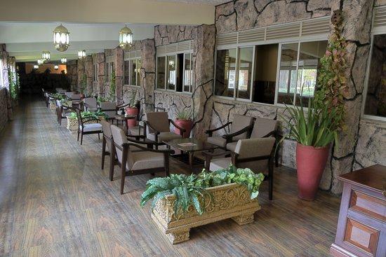 Imperial Botanical Beach Hotel : Lobby