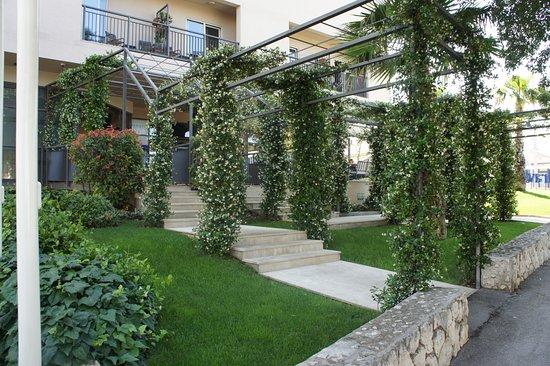 Dioklecijan Hotel & Residence: entrance
