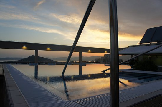Dioklecijan Hotel & Residence: sunset from the pool