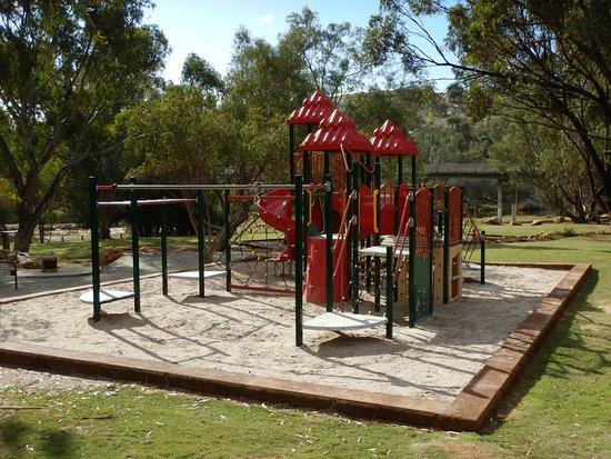 Duidgee Park Toodyay: Play Area