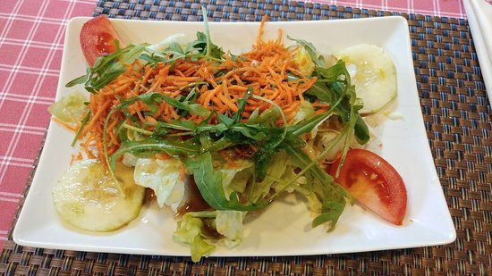 Bad Vilbel, Germany: Beilage-Salat