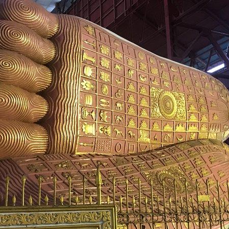 乔达基卧佛寺照片
