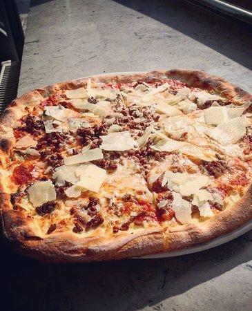 Pizza Bolognese Picture Of La Bella Napoli Pizzeria