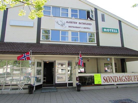 Midnattsol Batnfjord Motell