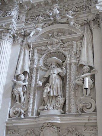 Theatinerkirche St. Kajetan: Church Interior