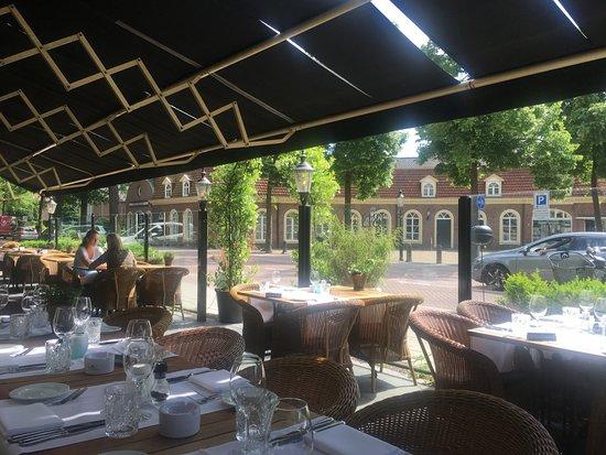 Driebergen, The Netherlands: Verrukkelijk buitenterras
