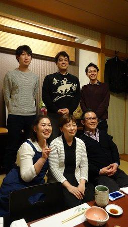 Okamezushi: フレンチレストランのシェフたちが来てくれました。吉祥寺レストラン・ecrat=エクラ!の皆さんです。