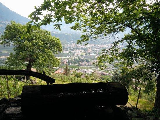 Marlengo, อิตาลี: Natur- und Erlebnisweg