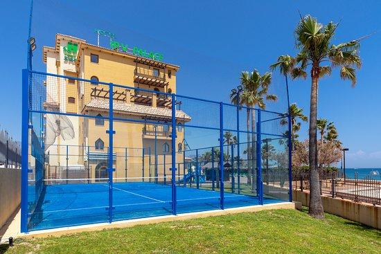Hotel ipv palace spa for Pistas de padel malaga