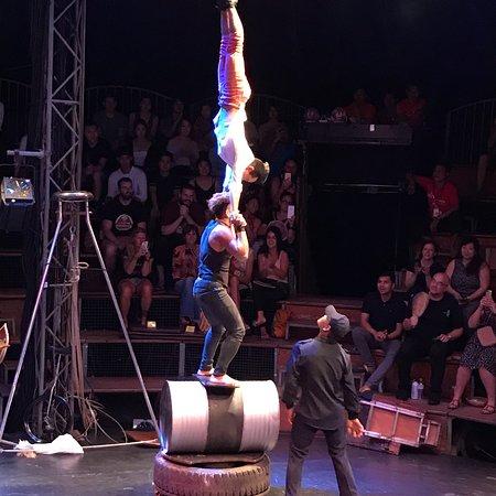 Phare, The Cambodian Circus ภาพถ่าย