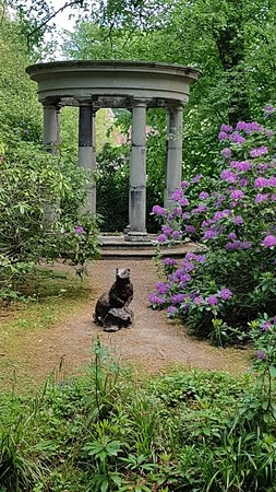 Pashley Manor Gardens照片