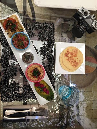 House of Fusion Marrakech: Everything prepared and cook by us during the class