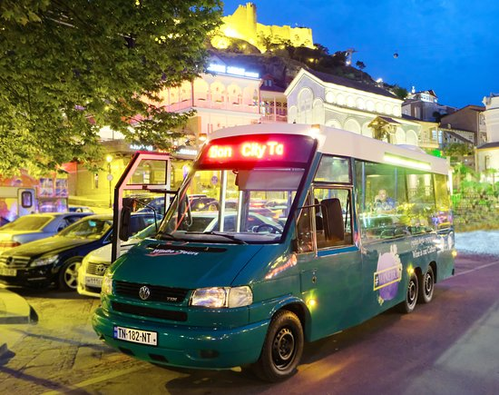 Wingo Tours: Night Tbilisi