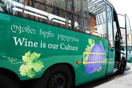 Wingo Tours: #winebus