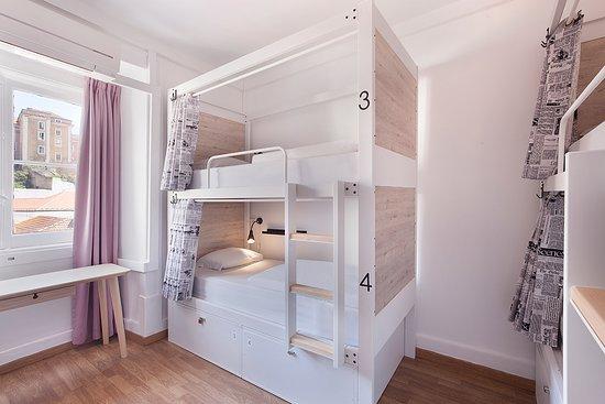 Goodmorning Solo Traveller Hostel: dorm 6 pax