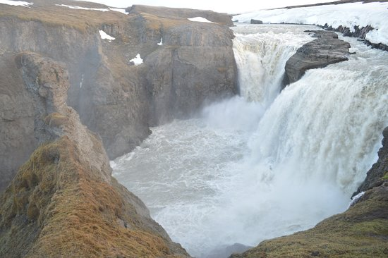 Waterfall Circle