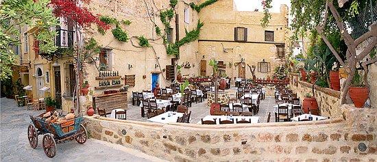 Semiramis Restaurant照片