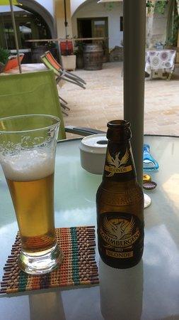 Vergeze, France: Lekker biertje na lange reis