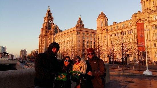 Angelica - Guia em Liverpool & Pais de Gales: Passeio a pé de graça em Liverpool - Gratis - Passeio Portugues
