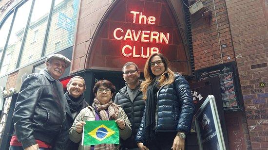 Angelica - Guia em Liverpool & Pais de Gales: Passeio a pé de graça em Liverpool - Gratis - Passeio Portugues The Cavern