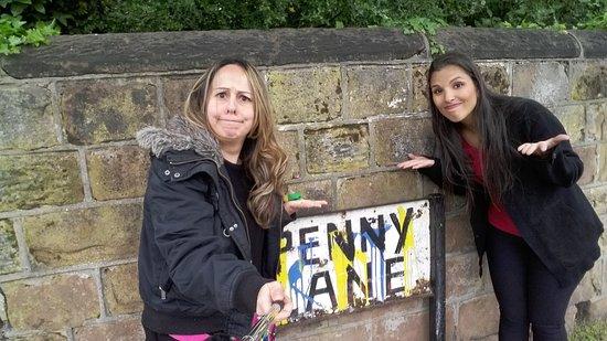 Angelica - Guia em Liverpool & Pais de Gales: Placa roubada Penny Lane em Liverpool - Passeio com Brasileiro - Portugues