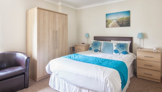 Luccombe Manor Country House Hotel: Comfortable Standard Double Bedroom