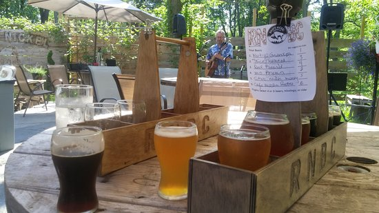West Seneca, NY: A Flight of Beers & Music on the Deck