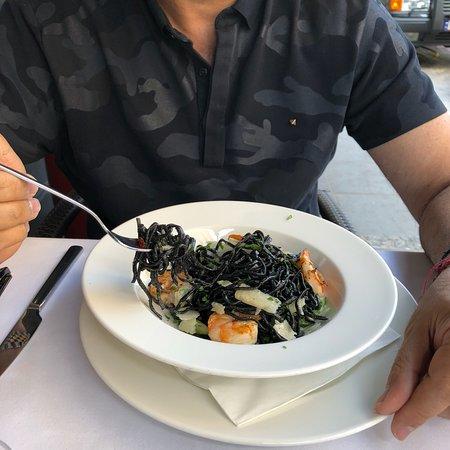 Restaurant Dyspensa Photo