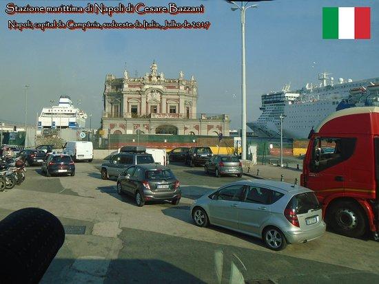 Stazione marittima di Napoli di Cesare Bazzani - architettura di regime: Stazione marittima di Napoli di Cesare Bazzani, Porto de Napoli