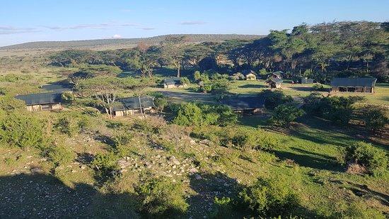 Porini Mara Camp: The unfenced camp in the conservancy