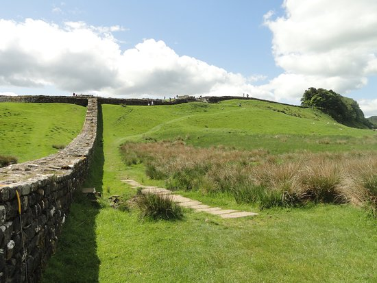 Haydon Bridge, UK: Looking back up to Housesteads on way east