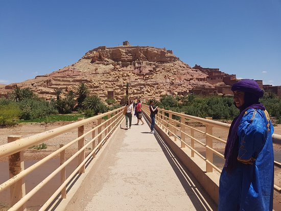 Desert Morocco Adventure: Ait-benhaddou