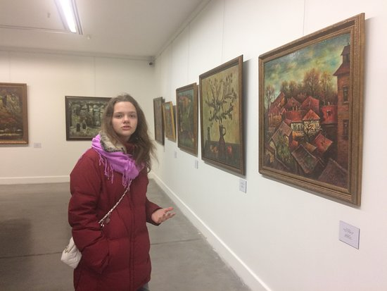 National Gallery: В Голубой галереи Тбилиси. Лекция от собственной дочки (12 лет) по живописи была бесподобна.