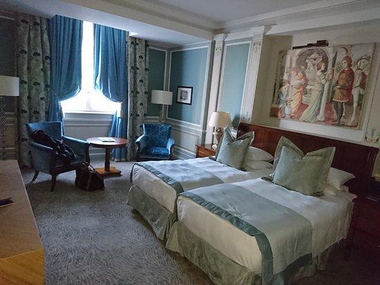 Hotel Principe Di Savoia: my room