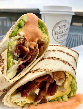 Neck Run Cafe: Bacon, Egg & Cheese Wrap with Sriracha Mayo