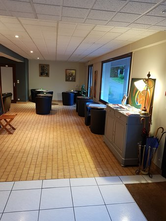 Hotel Le Brunet: salon/bar