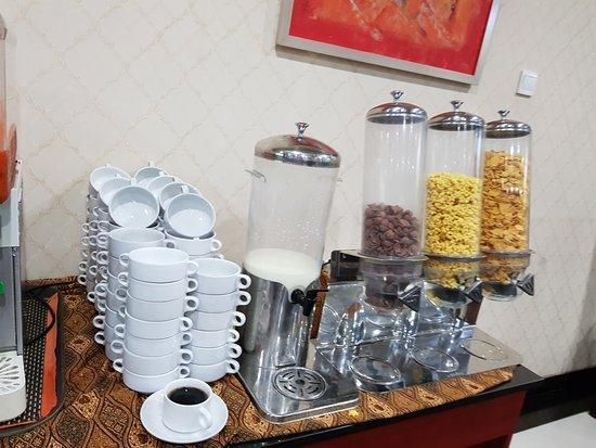 Grand Hatika Hotel: Cereals