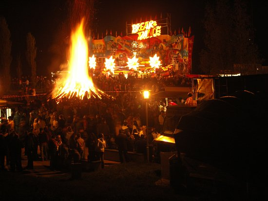Captain Hook: Maifeuer am O-See. Immer am 30.04.