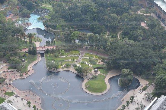 ตึกแฝดเปโตรนาส: View from the top