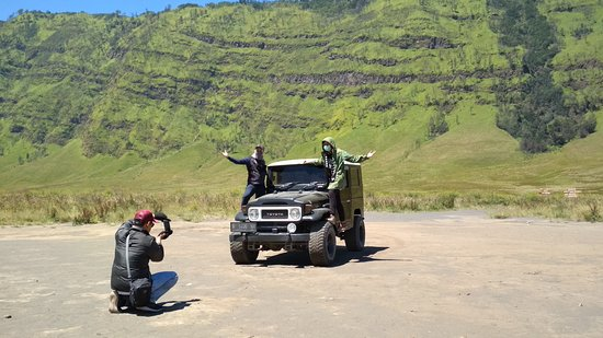 The Team Bromo Taxi Take Picture For Customer