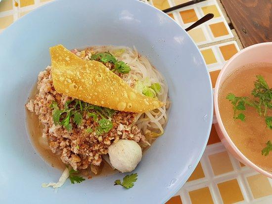 Khao Soi Khun Yai, Chiang Mai, Thailand