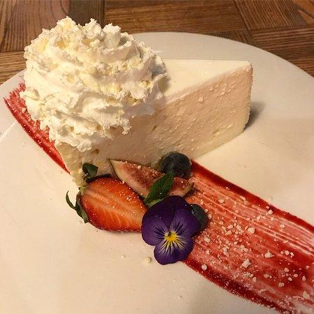 Nova Resto Bar : Traditional polish lekki sernik (cheesecake)