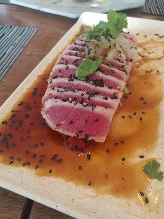 Isabella Steak & Bistro: Spicy Tuna Tataki.