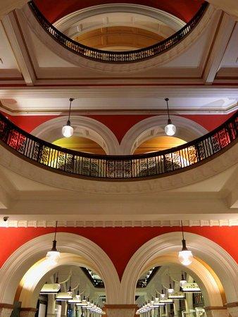 อาคารควีนวิคตอเรีย: Queen Victoria Building (QVB)