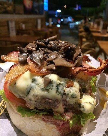 Maverick's Burger & Beer: Jeffreys Bay